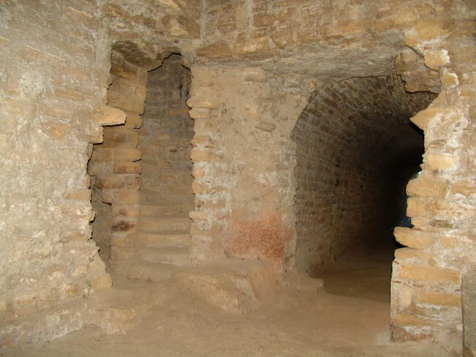 La mina toleo baptisterio