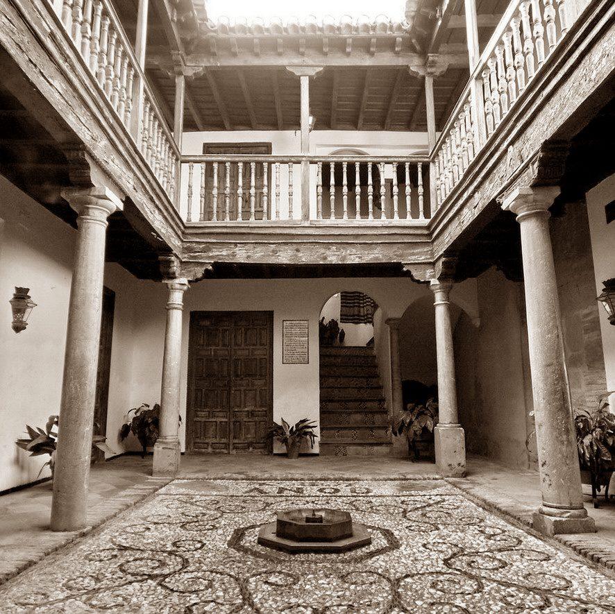Casa de los Benavente y Pisa