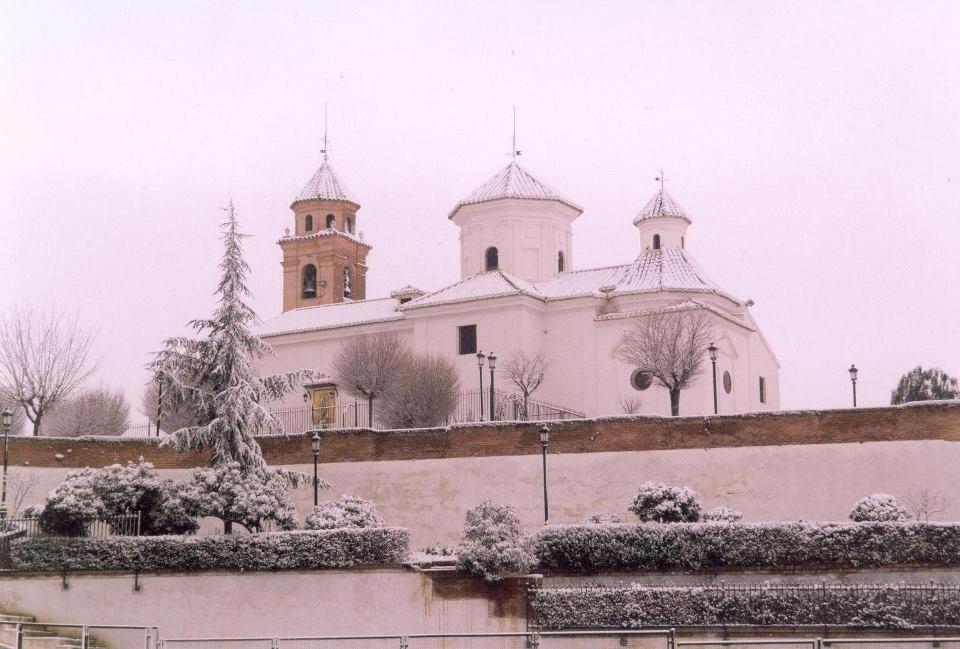 La Ermita nevada, costado noreste
