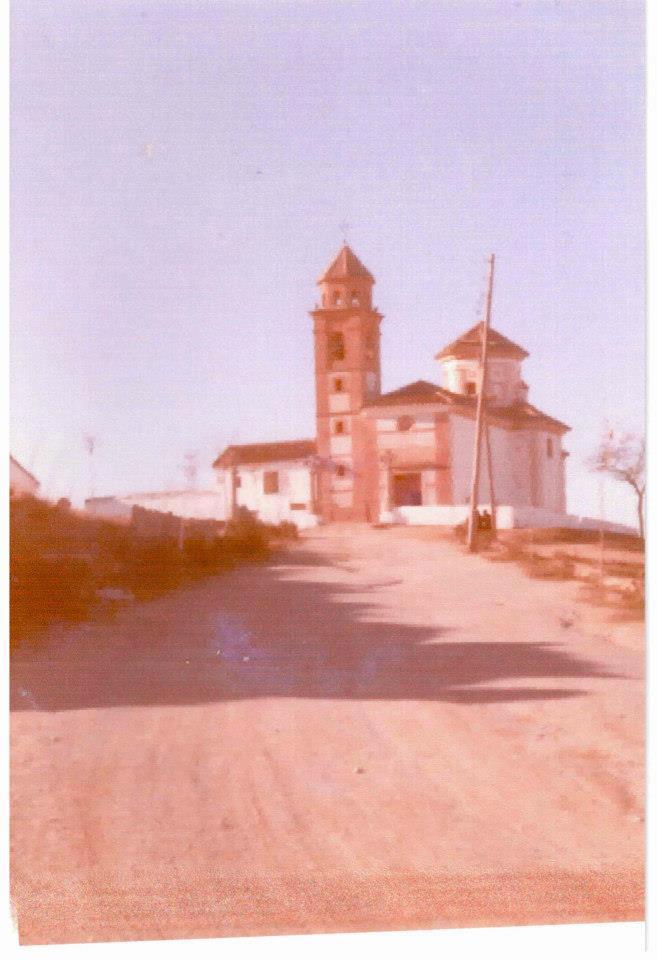 La ermita desde la carretera